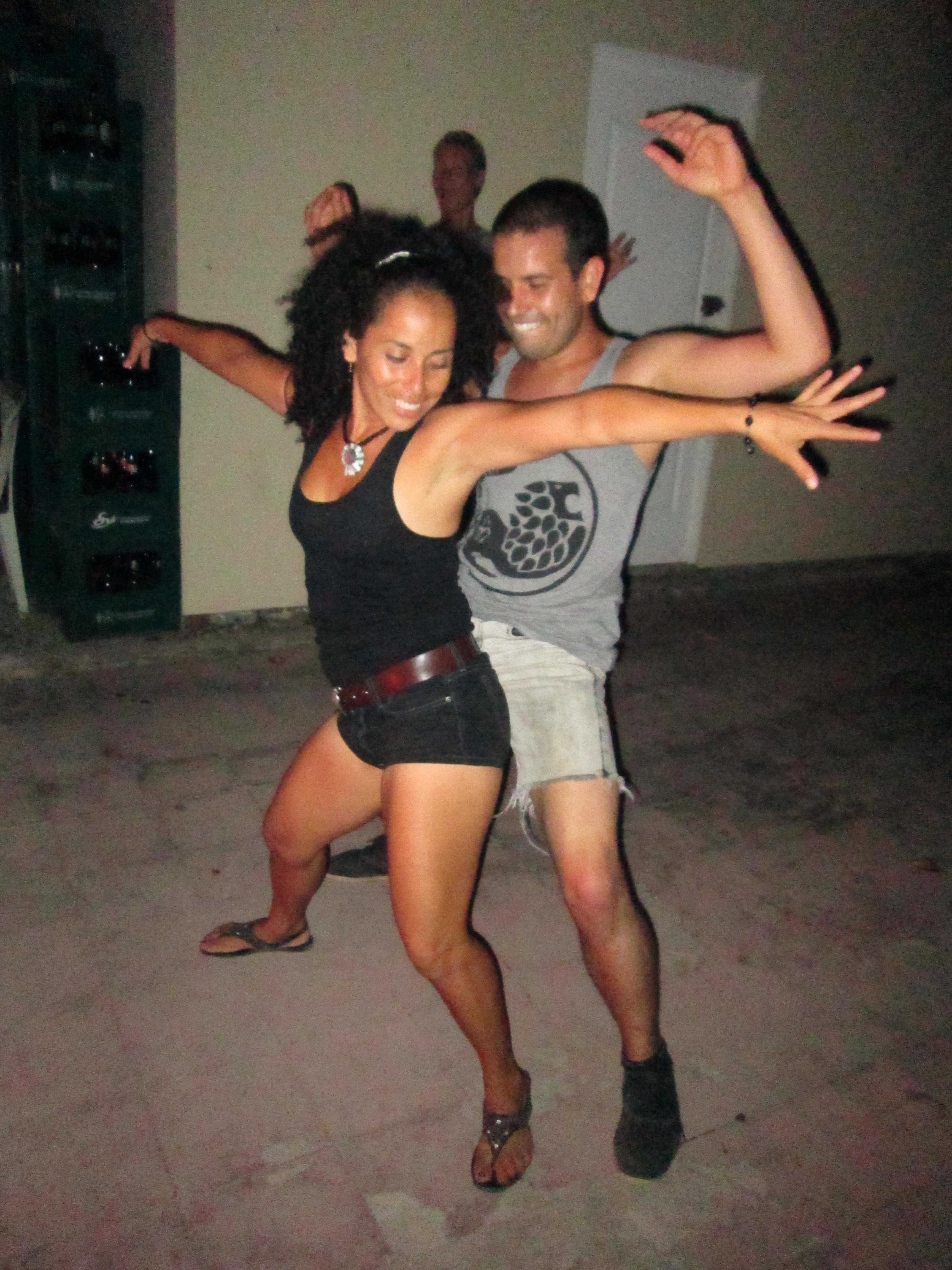 Girl Twerking On Guy